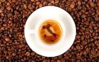 Chu du thế giới qua tách cà phê truyền thống